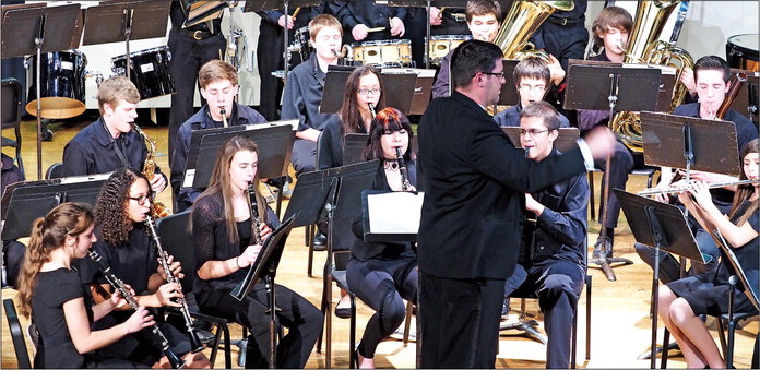 MUSIC SPANS NATIONS IN 'A WINTER CONCERT'