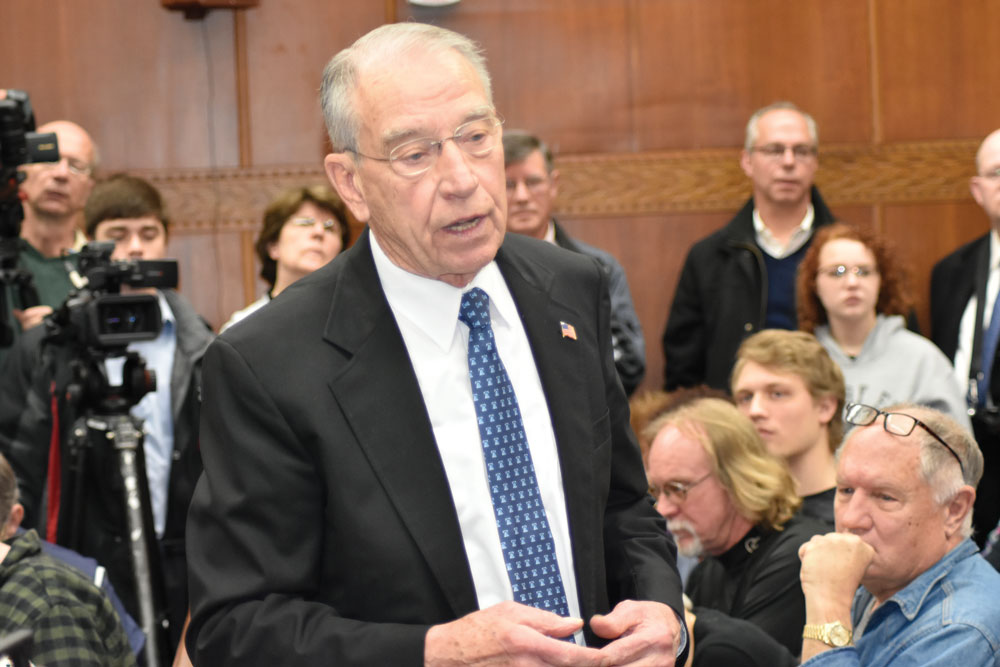 GALLERY: In a tight courtroom, Sen. Grassley defends support of administration nominees