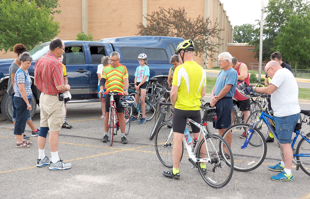 Bicyclists ride to raise awareness