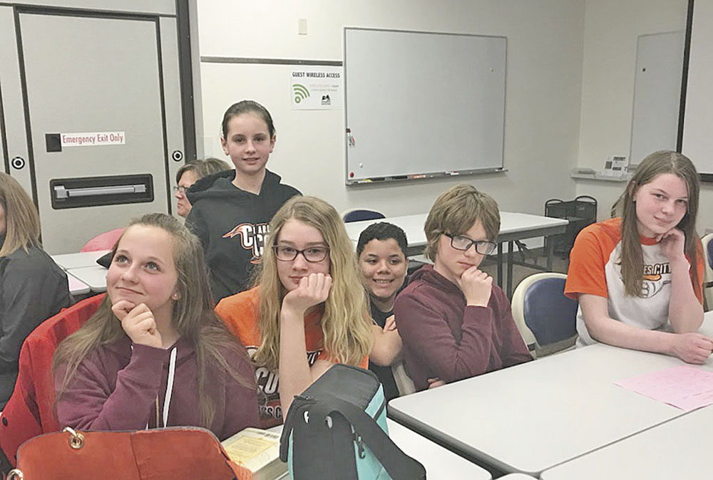 Charles City seventh graders get first taste of 'Quiz Bowl'