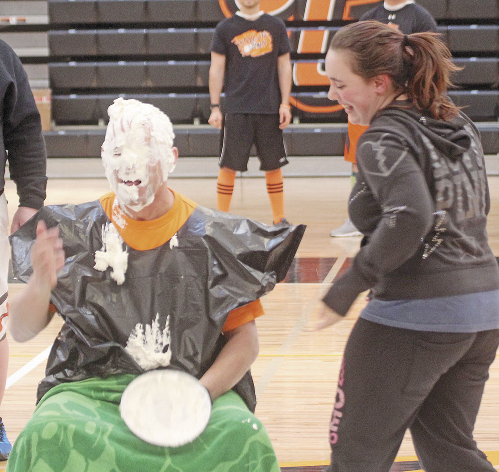 Hoops madness prevails at Charles City Middle School