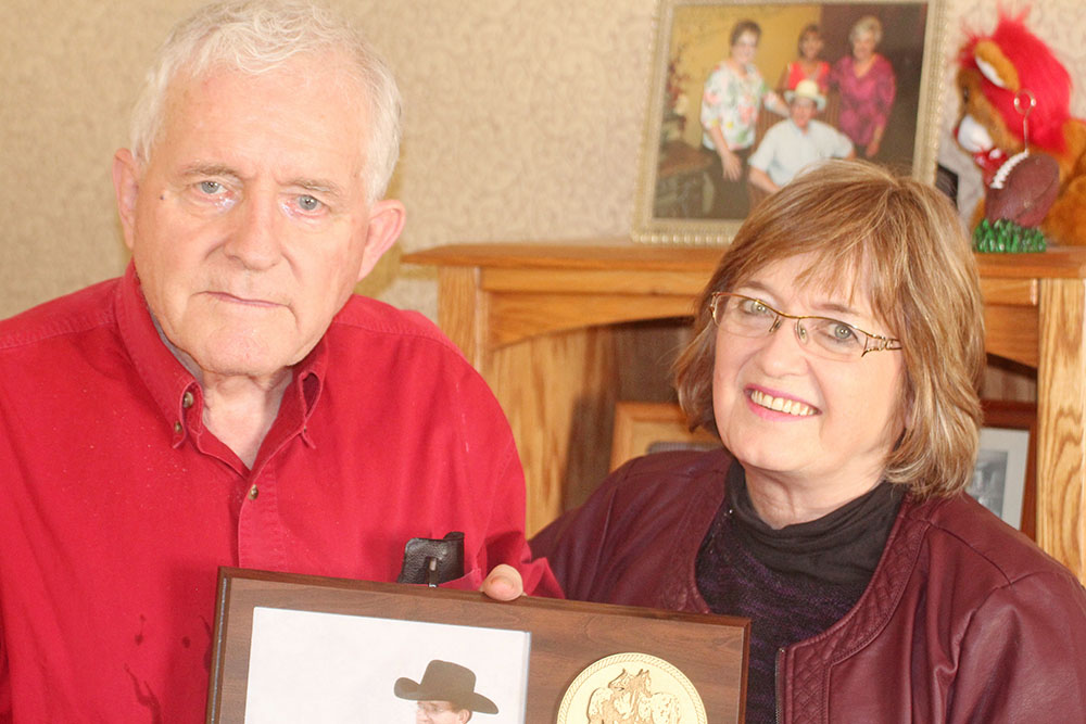A lifetime with ponies leads Marble Rock man into POA Hall of Fame