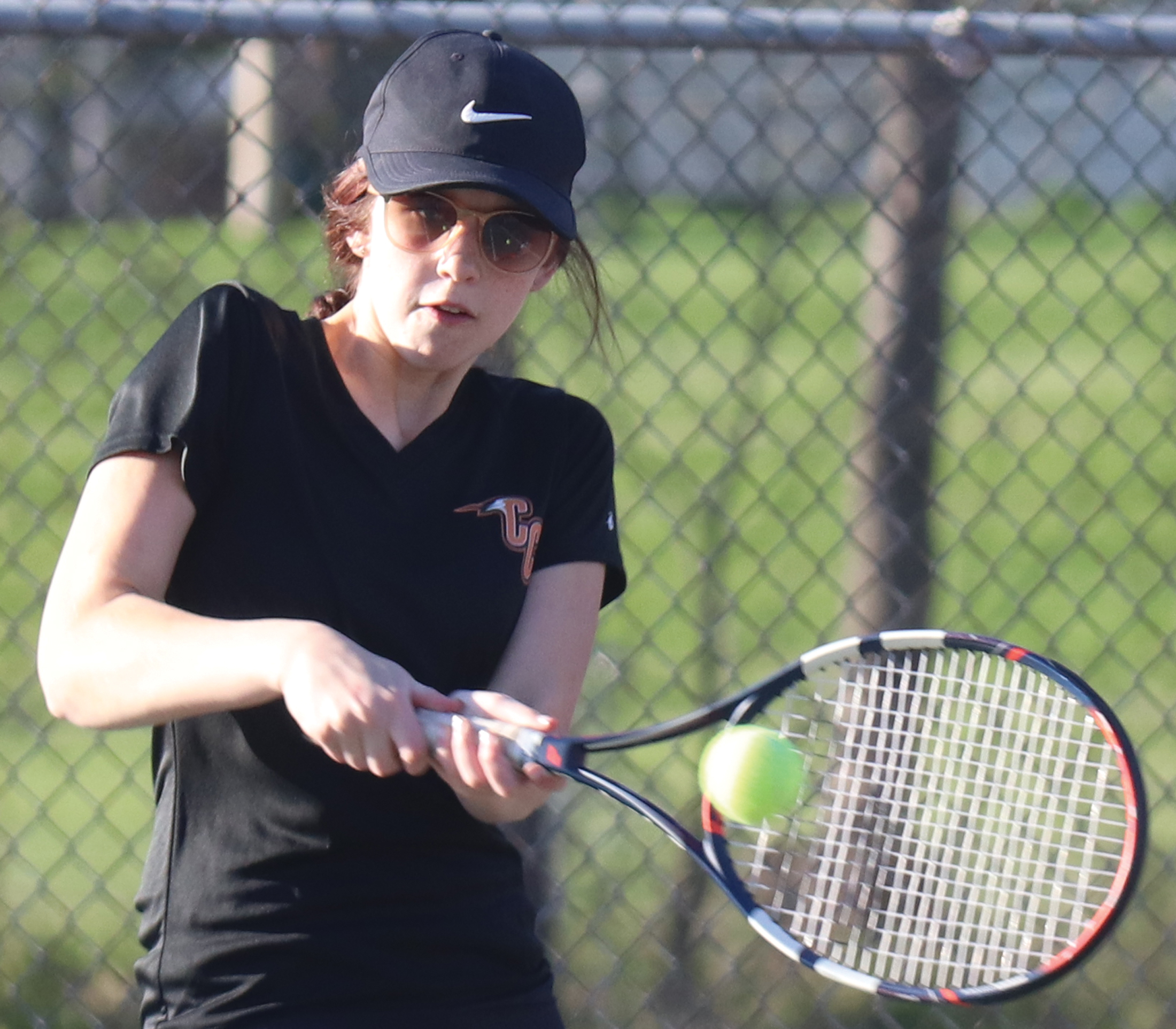 Doubles sweep not enough for Comets against Bulldogs