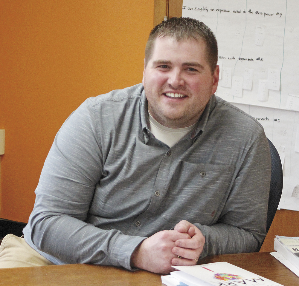 Charles City teacher Voves to receive Wartburg Young Alumni Award