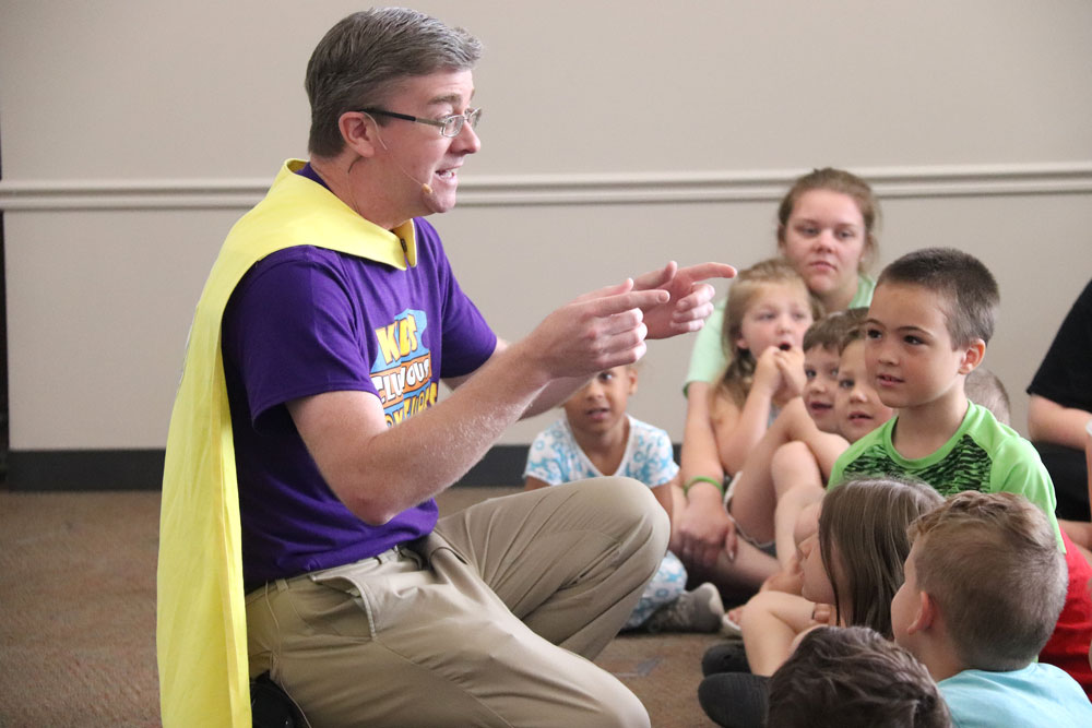 Dan Wardell wows Charles City during his Reading Road Trip across Iowa