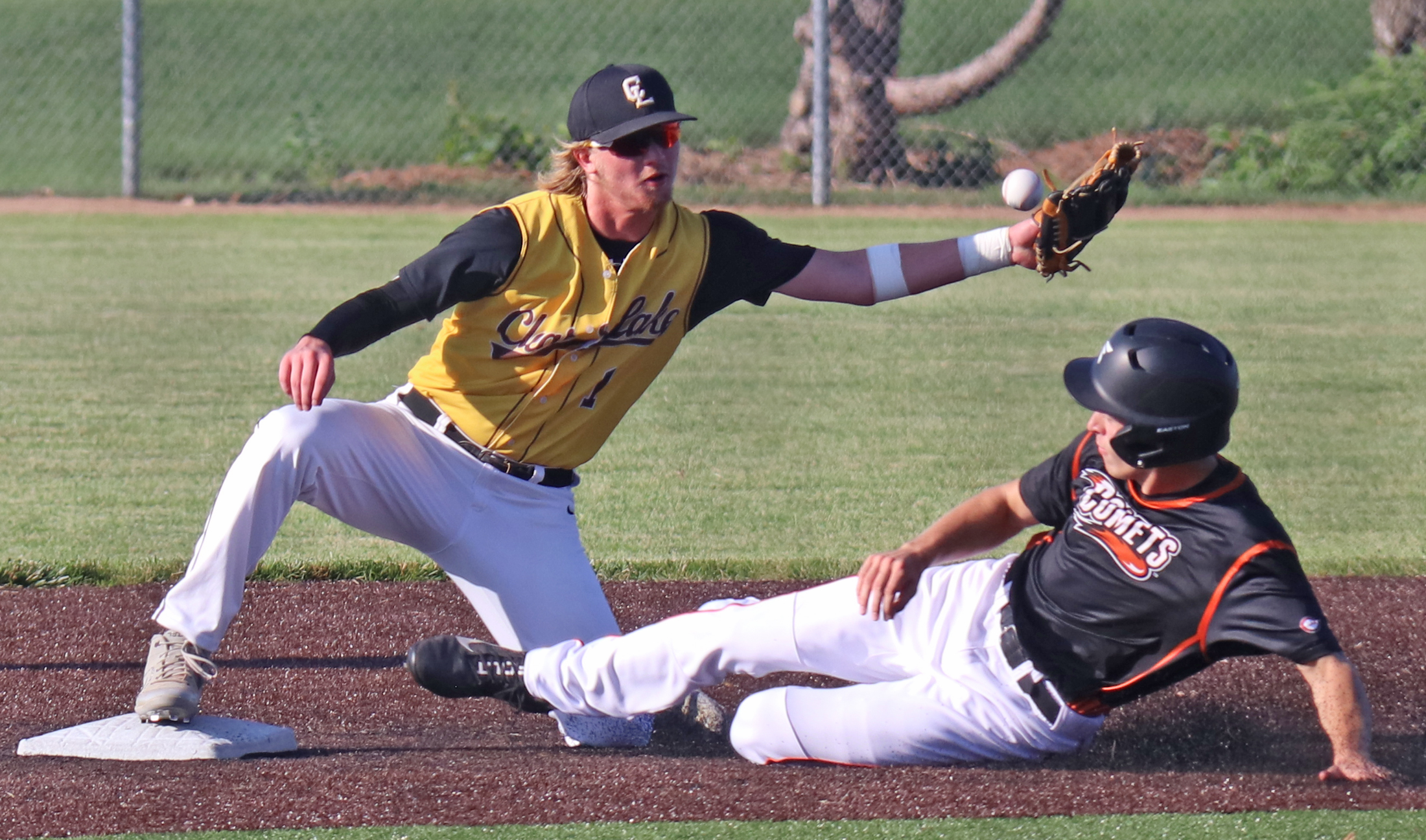 Comets advance past Lions, 12-6; to face Go-Hawks in district final