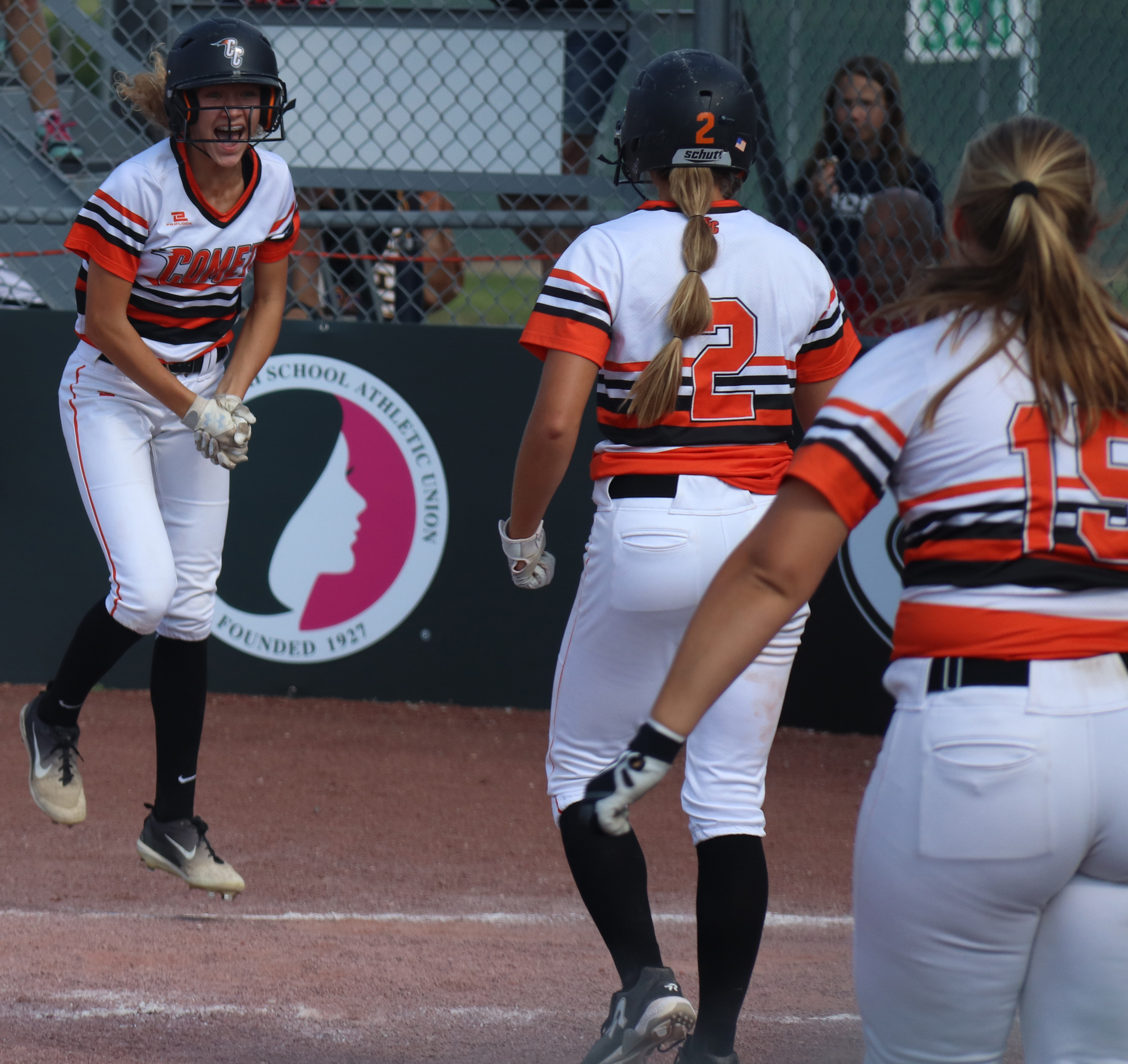 Comets 'walk' into state semis with 4-3 win over Fillies