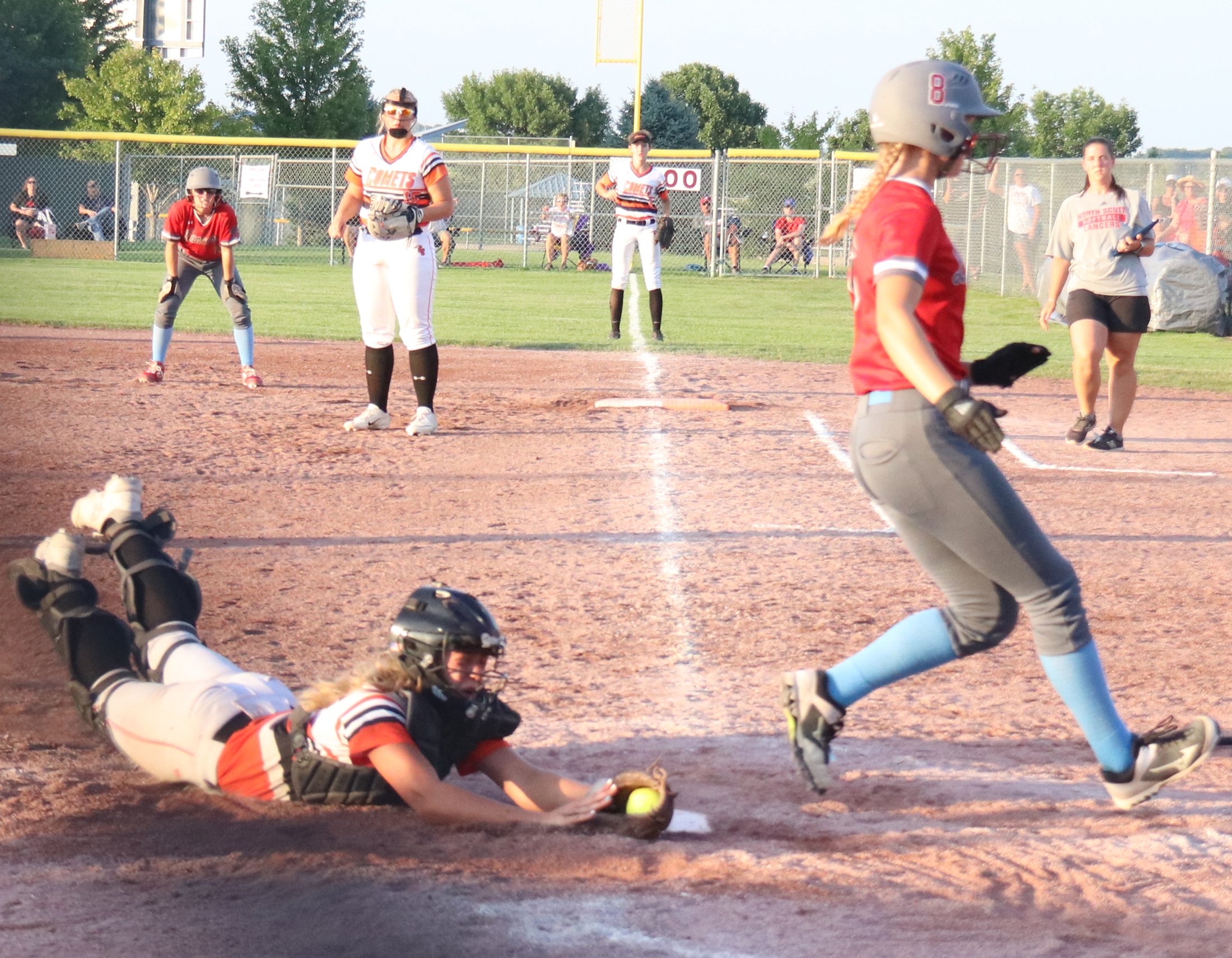 One out shy of reaching championship game, Comets fall to Lancers in extra innings