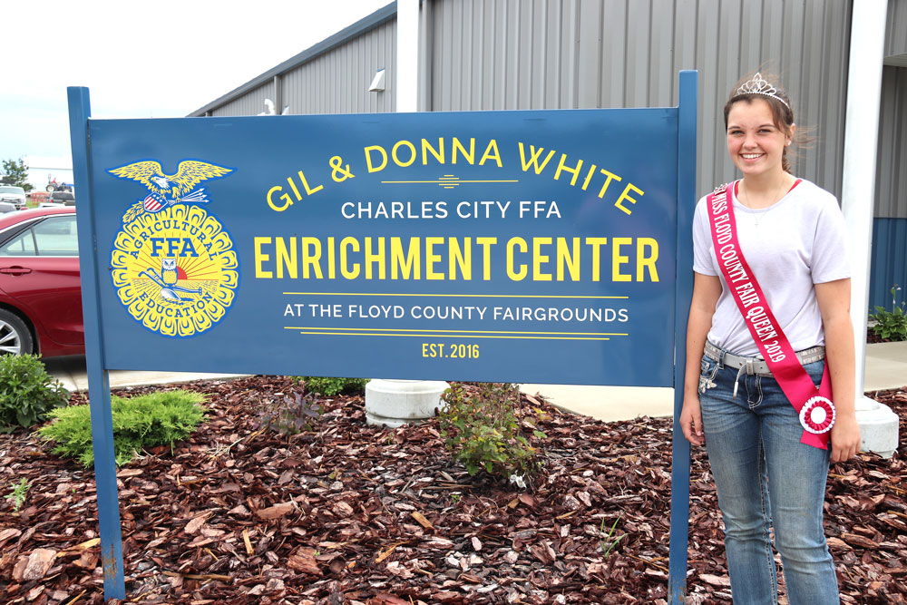 Floyd County Fair Queen has busy week ahead