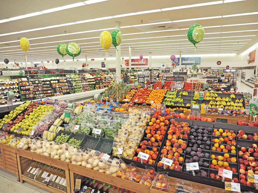 Hy-Vee investigating possible customer data breach at some terminals