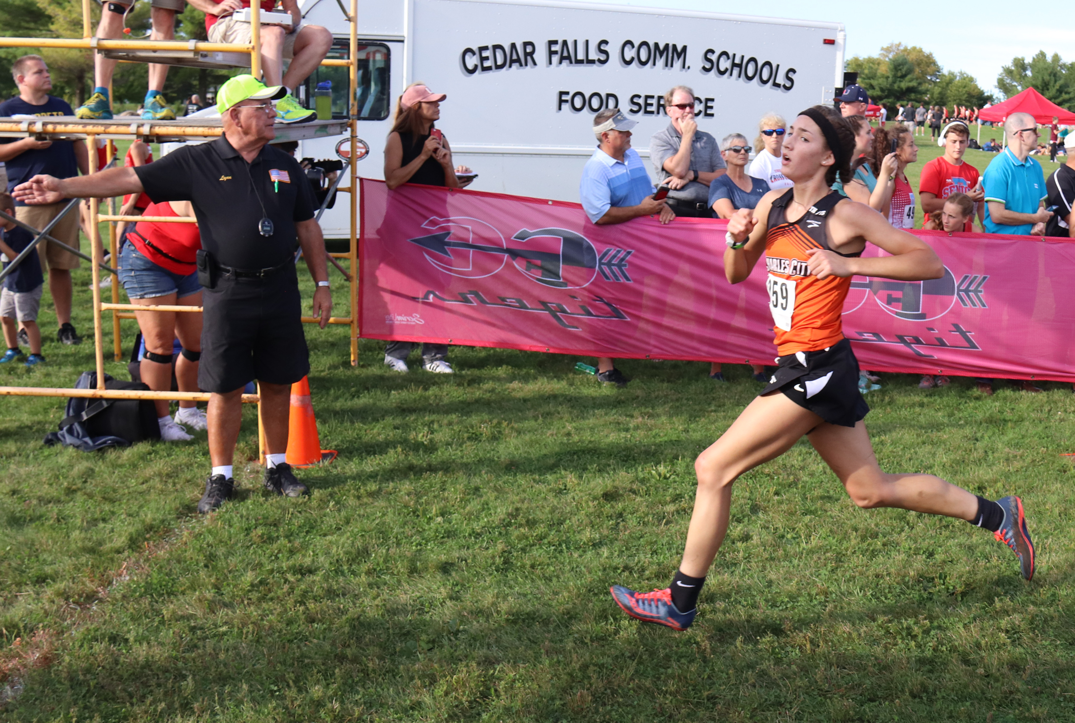 Comets compete in highly competitive Rich Engel XC Classic