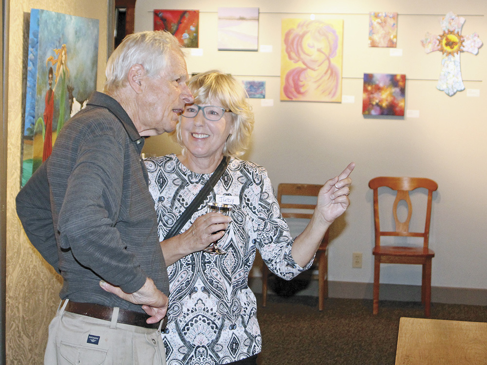 Reception held for 'Spiritual Group of Five'