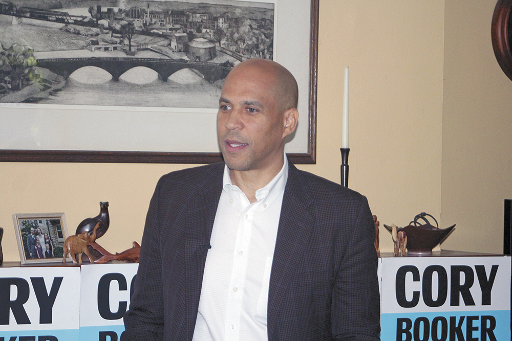 Booker meets voters in Charles City