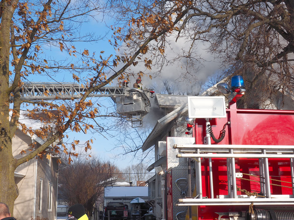 Firefighters battle fire, smoke, cold in Charles City house fire