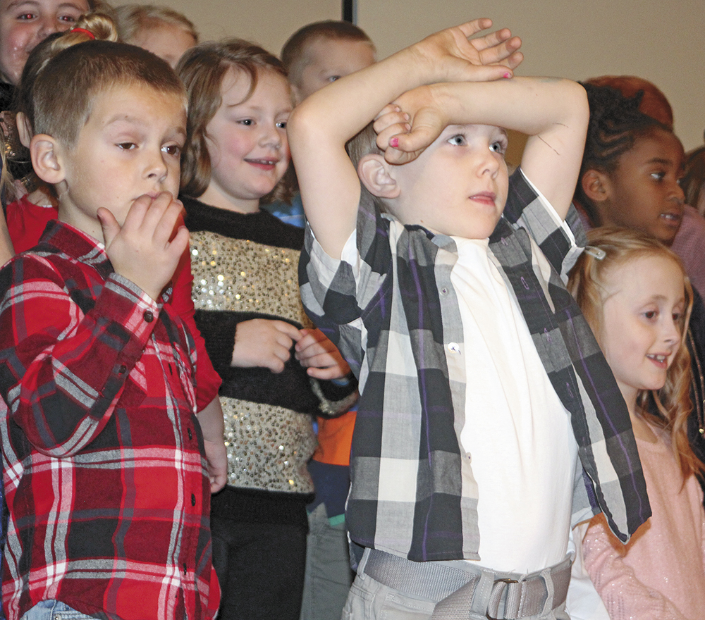 Washington Elementary music students shine under the bright lights