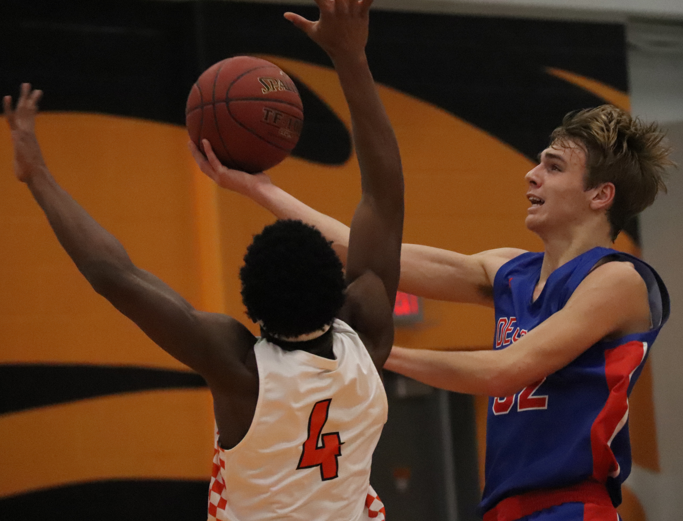 Vikings take 2 from Comets