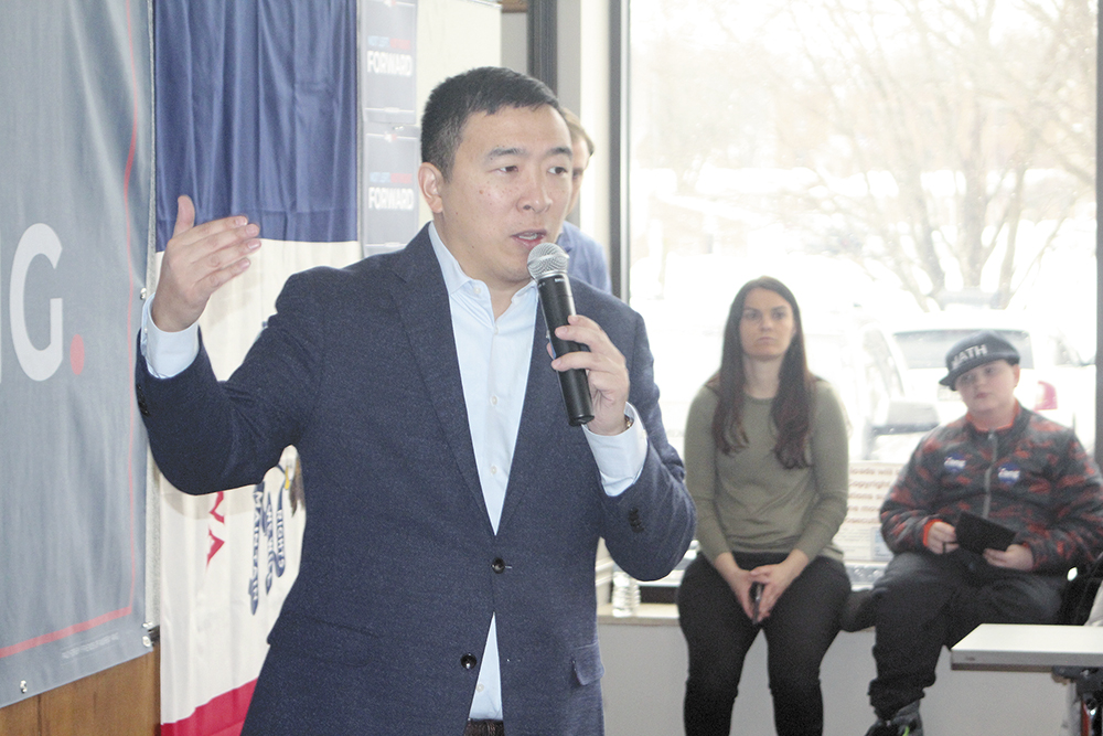 Yang promises new approach to economy at Charles City stop