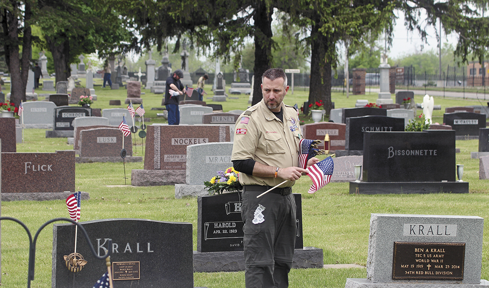 In Remembrance: Marking the graves of fallen veterans