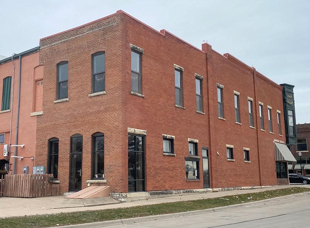 Mara expanding, adding second location on Main Street