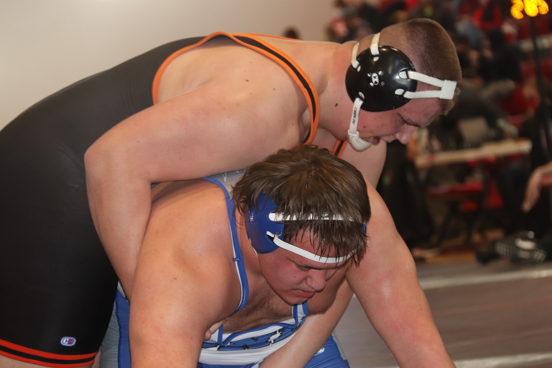 Crooks wins district wrestling title, fellow Comets Collins and Tamayo also return to state