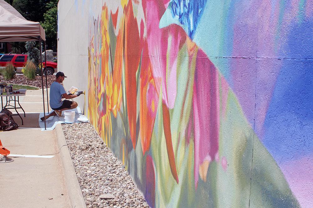 Work begins on 'Town of Colors' murals