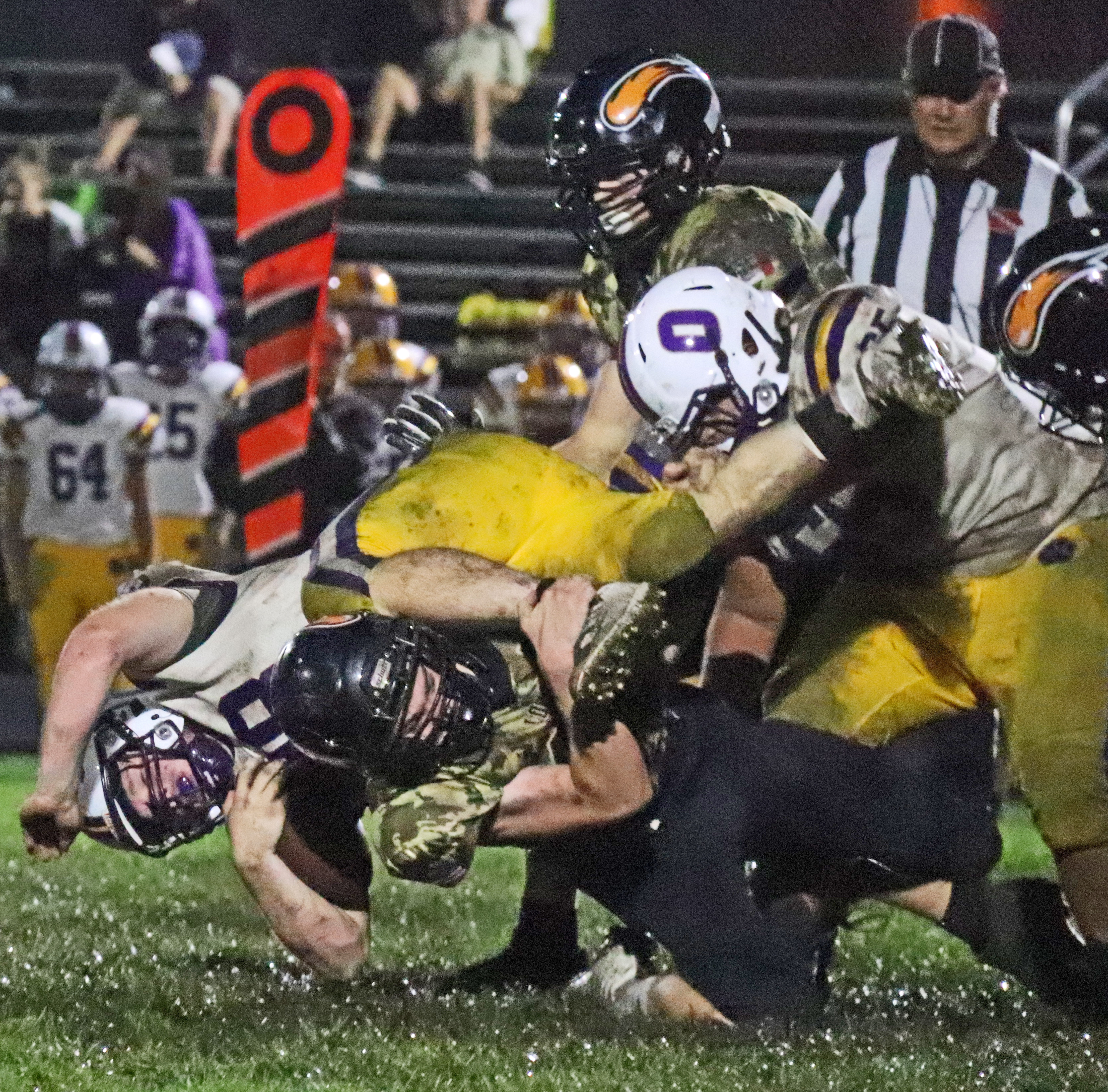 Comets' defense pitches a shutout against Oelwein