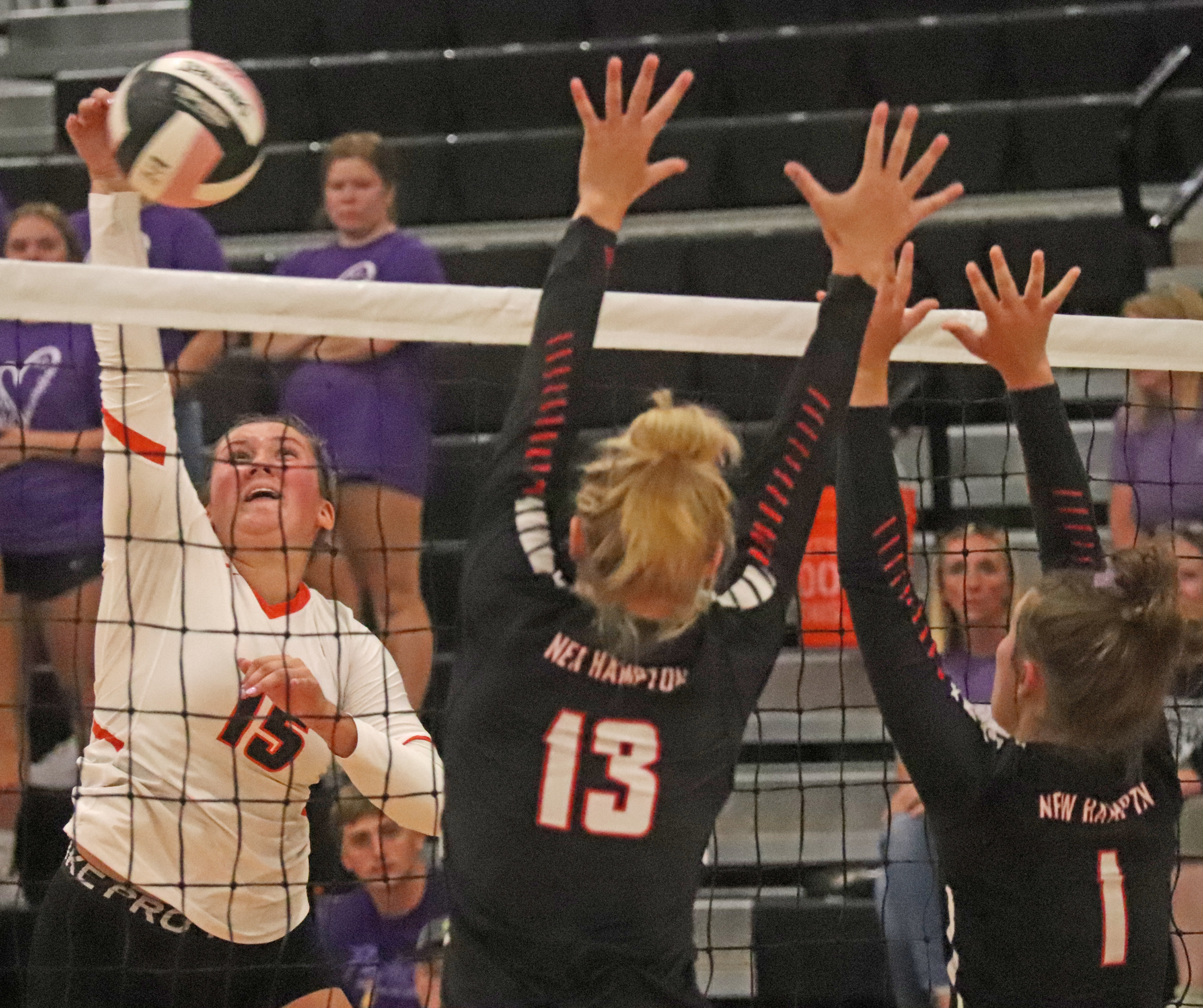 Comets fall to Chickasaws in NEIC opener, go 1-1 while hosting triangular