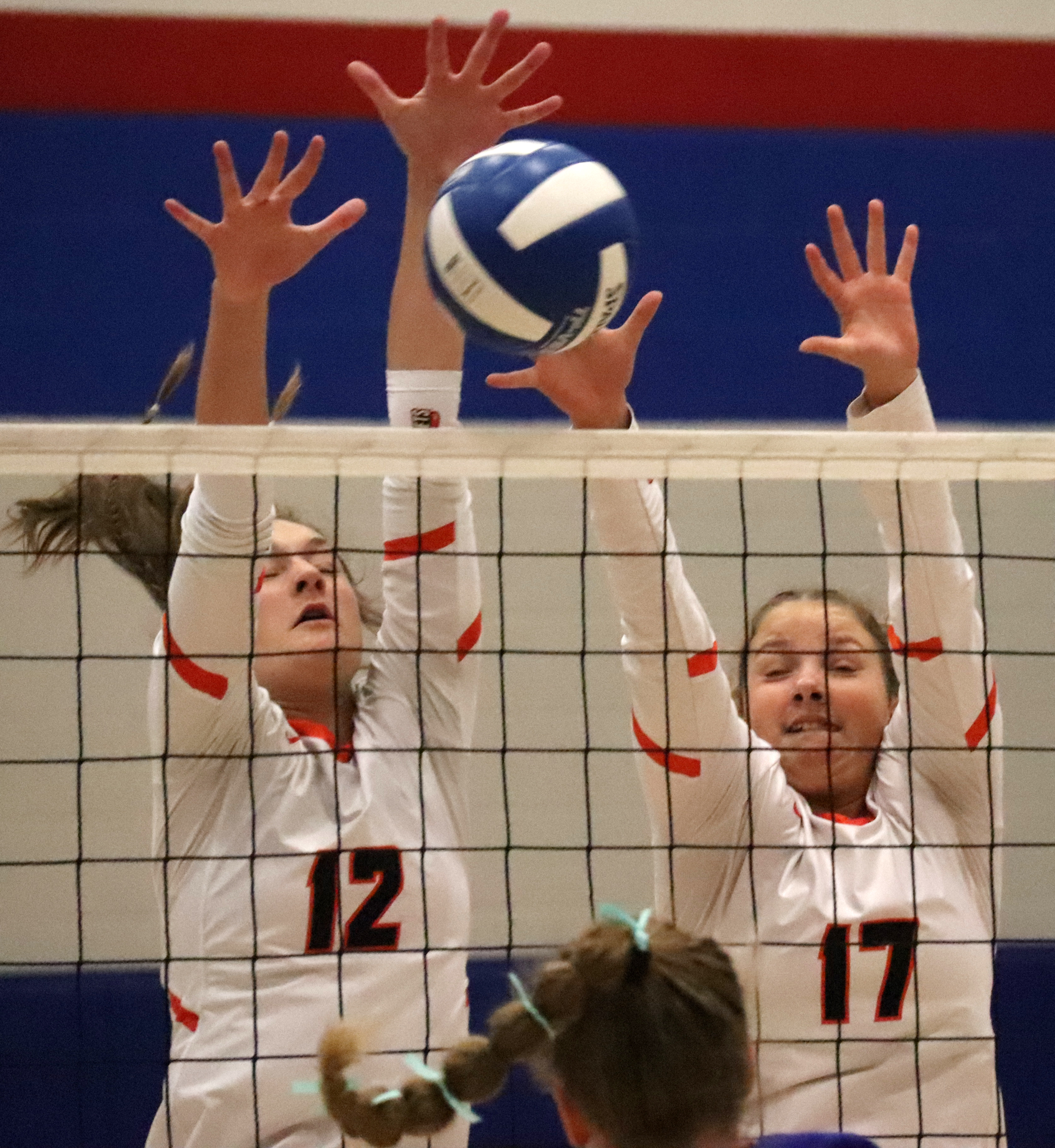 Comets fall to Vikings in volleyball regional semifinals
